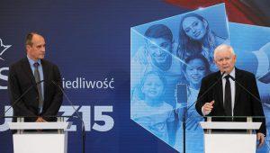 Paweł Kukiz i Jarosław Kaczyński na wspólnej konferencji./Fot.Paweł Supernak/PAP